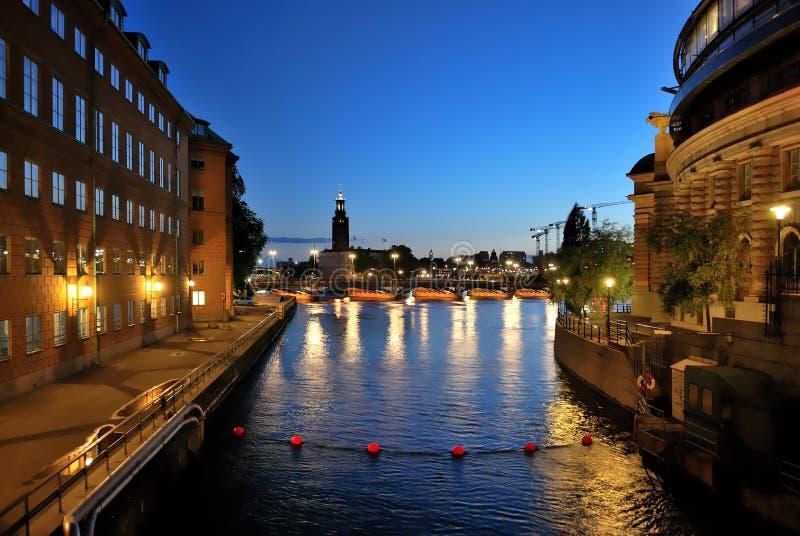 Στοκχόλμη τη νύχτα στοκ εικόνα με δικαίωμα ελεύθερης χρήσης