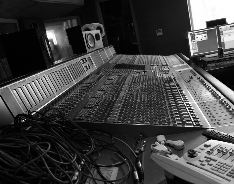 Στούντιο καταγραφής bnw στοκ εικόνα