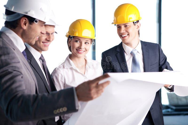 Στο εργοτάξιο οικοδομής στοκ φωτογραφία με δικαίωμα ελεύθερης χρήσης