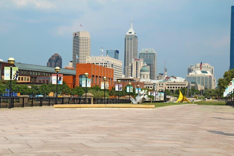 στο κέντρο της πόλης όψη του Ινδιάνα Ινδιανάπολη στοκ φωτογραφία με δικαίωμα ελεύθερης χρήσης