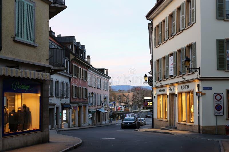 Στο κέντρο της πόλης Nyon, Ελβετία κατά τη διάρκεια της νύχτας στοκ φωτογραφία με δικαίωμα ελεύθερης χρήσης