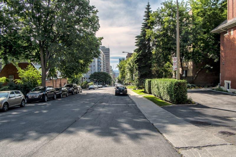 Στο κέντρο της πόλης άποψη οδών του Μόντρεαλ στοκ φωτογραφίες