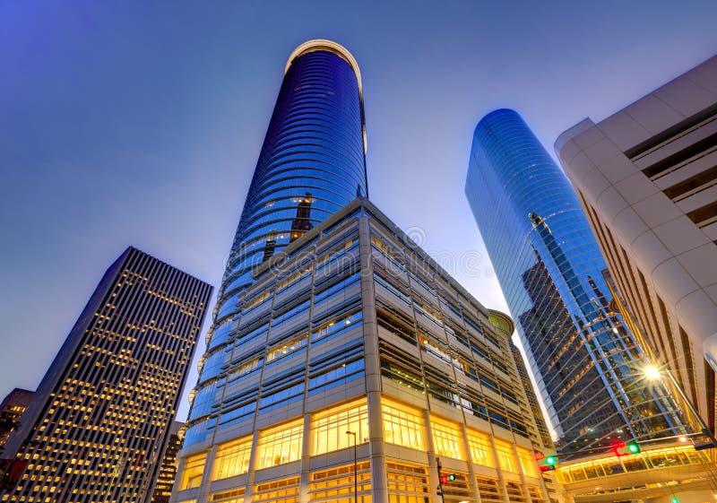 Στο κέντρο της πόλης ηλιοβασίλεμα οριζόντων του Χιούστον στο Τέξας ΗΠΑ στοκ εικόνα με δικαίωμα ελεύθερης χρήσης