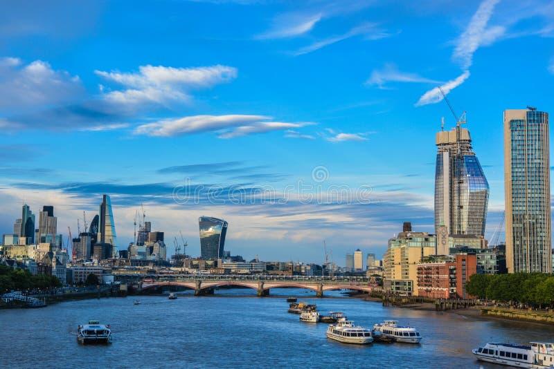 Στο κέντρο της πόλης Λονδίνο στοκ εικόνες