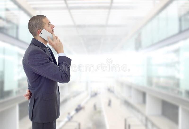 Στο τηλέφωνο στοκ εικόνες