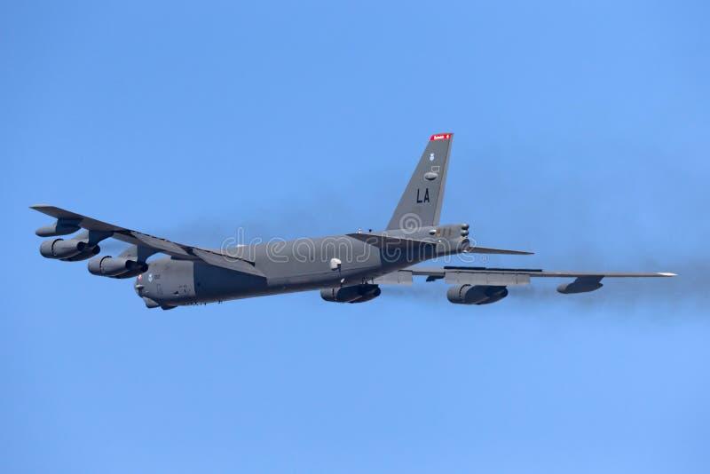 Στρατηγικά αεροσκάφος βομβαρδιστικών αεροπλάνων USAF Boeing β-52H Stratofortress Ηνωμένης Πολεμικής Αεροπορίας 61-0012 από τη βάσ στοκ εικόνα με δικαίωμα ελεύθερης χρήσης