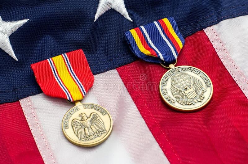 Στρατιωτικά μετάλλια αμερικανικών σημαιών στοκ εικόνες