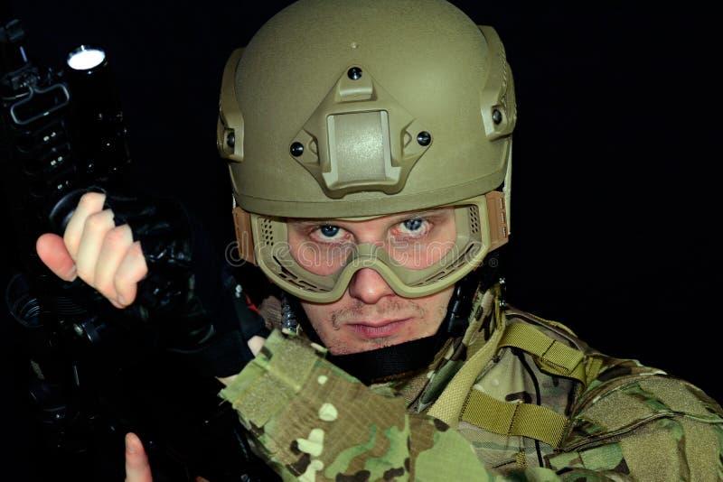 στρατιωτικοί αντίχειρες ατόμων επάνω στοκ εικόνα με δικαίωμα ελεύθερης χρήσης