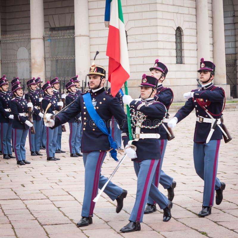 Στρατιωτικοί σχολικοί μαθητές στρατιωτικής σχολής στην τελετή όρκου στοκ φωτογραφία με δικαίωμα ελεύθερης χρήσης