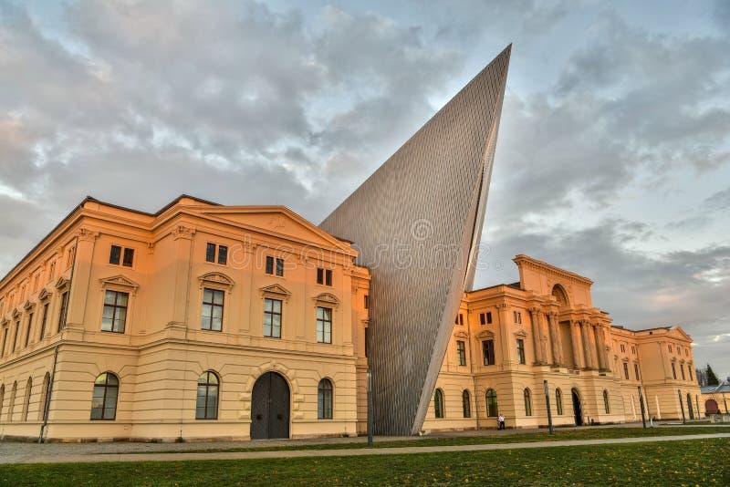 Στρατιωτικό μουσείο ιστορίας στη Δρέσδη, Γερμανία στοκ φωτογραφία με δικαίωμα ελεύθερης χρήσης