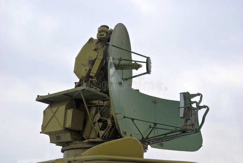 στρατιωτικό ραντάρ κεραιών στοκ φωτογραφία με δικαίωμα ελεύθερης χρήσης