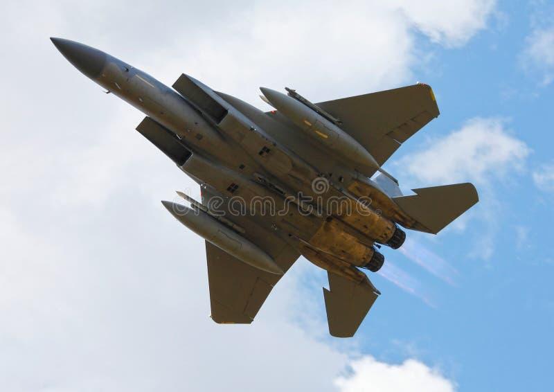 Στρατιωτικό F15 αεριωθούμενο αεροπλάνο στοκ φωτογραφία
