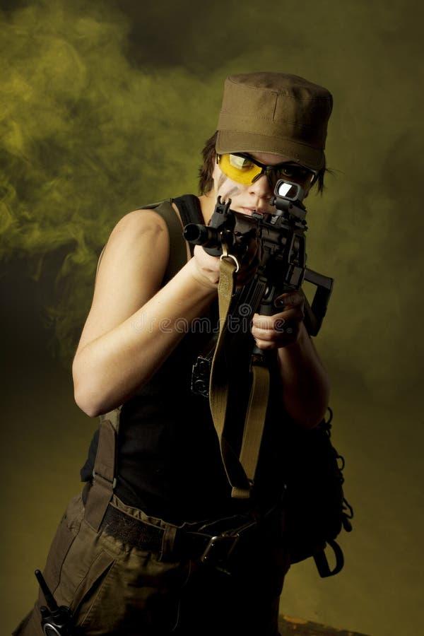 στρατιώτες καπνού κοριτ&sigma στοκ εικόνες