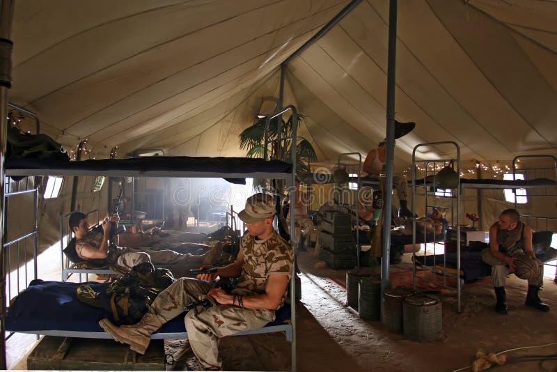 Στρατιώτες στις αποδοκιμασίες στοκ φωτογραφία με δικαίωμα ελεύθερης χρήσης
