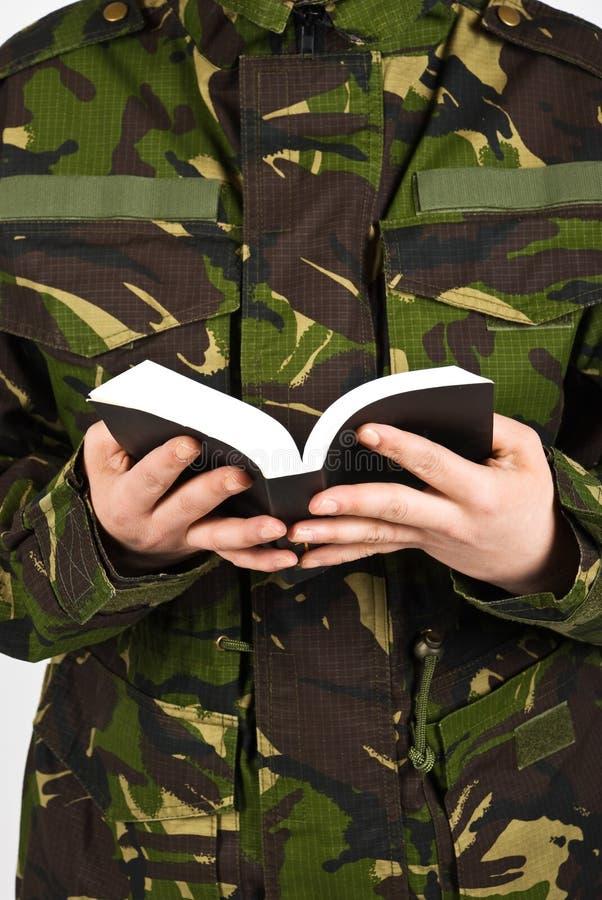 στρατιώτης Βίβλων στοκ φωτογραφία