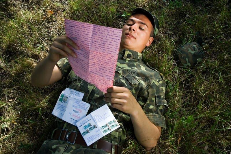 στρατιώτης επιστολών στοκ φωτογραφία με δικαίωμα ελεύθερης χρήσης