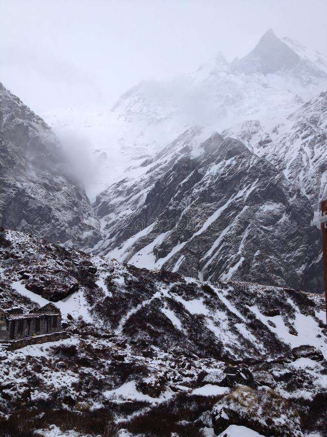 Στρατόπεδο βάσεων Annapurna Βουνά του Ιμαλαίαυ στο Νεπάλ στοκ εικόνες