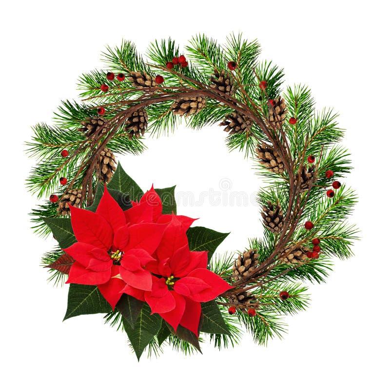Στρογγυλό στεφάνι από τους ξηρούς κλαδίσκους και τους κλάδους χριστουγεννιάτικων δέντρων με το κόκκινο στοκ φωτογραφίες με δικαίωμα ελεύθερης χρήσης