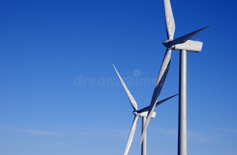Download στρόβιλοι δύο αέρας στοκ εικόνες. εικόνα από ενέργεια - 13177692