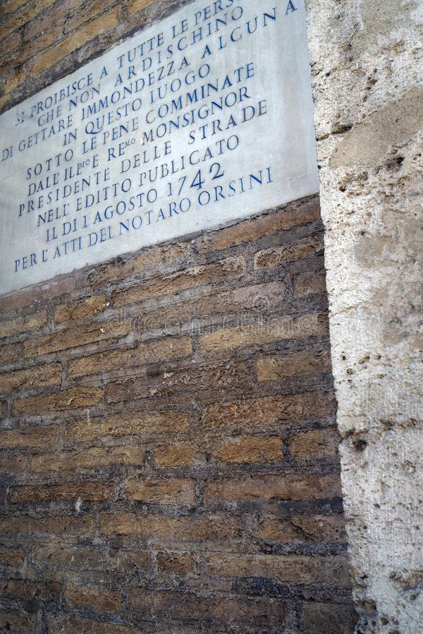 Στόχος από το 1742 στο ιστορικό κέντρο της πόλης της Ρώμης στοκ φωτογραφία με δικαίωμα ελεύθερης χρήσης