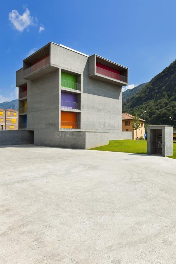 Συγκεκριμένο κτήριο στοκ εικόνα με δικαίωμα ελεύθερης χρήσης