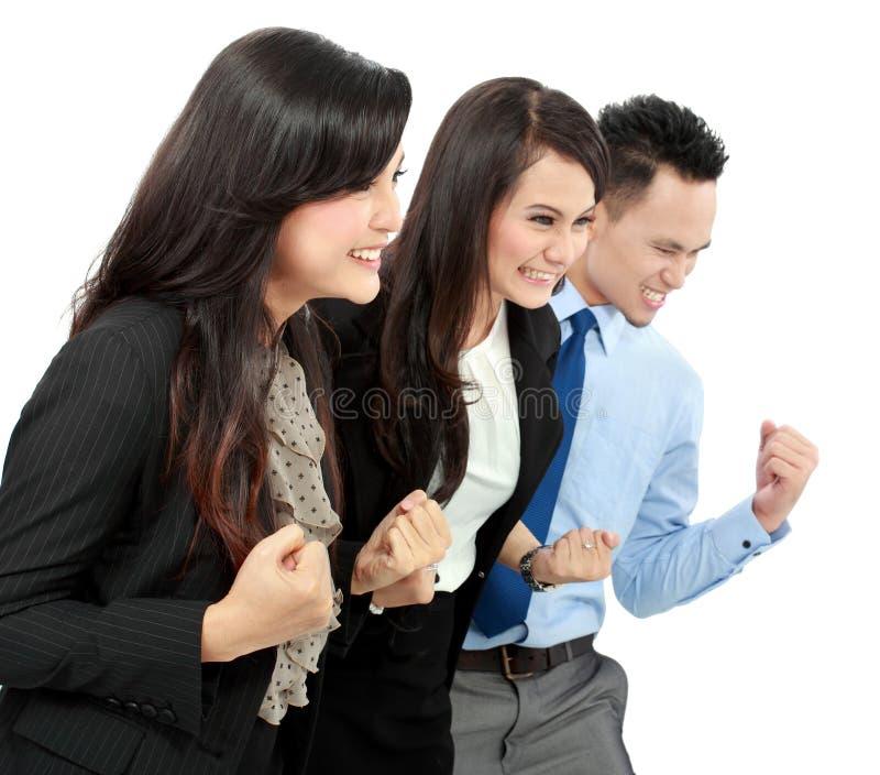 Συγκινημένη ομάδα επιχειρηματιών στοκ φωτογραφία