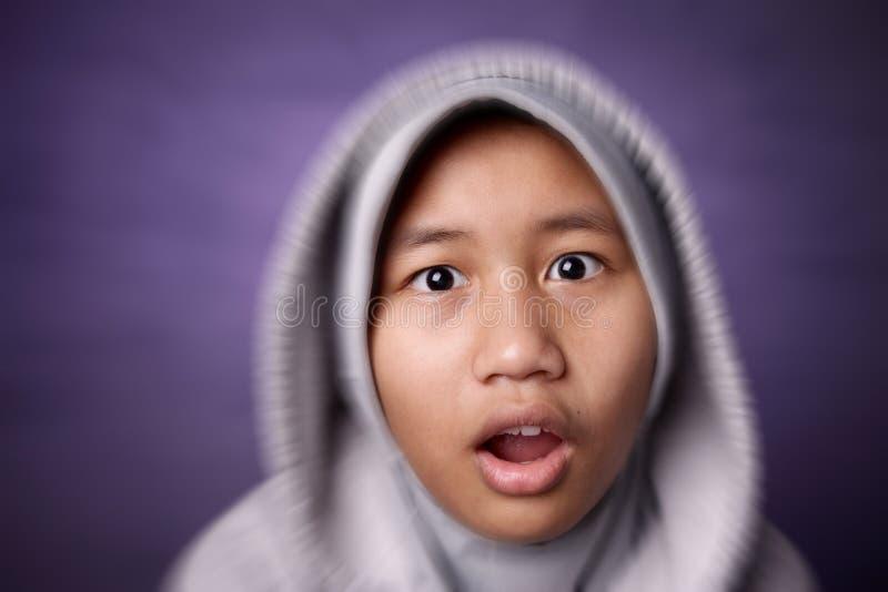 Συγκλονισμένο μικρό κορίτσι στοκ φωτογραφίες