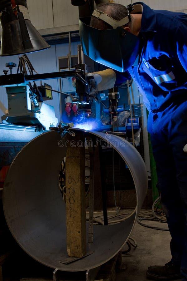 συγκόλληση χειριστών μηχ&a στοκ φωτογραφία