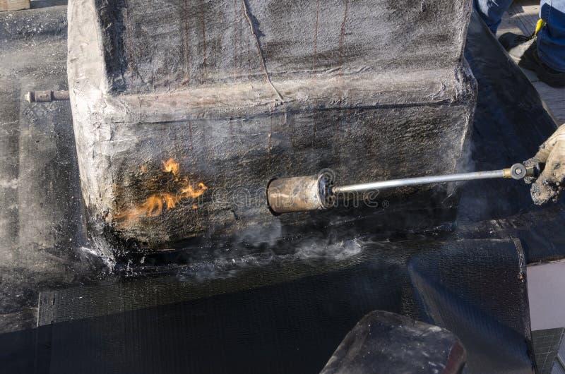 Download Συγκόλληση μιας αδιάβροχης θήκης Στοκ Εικόνες - εικόνα από ξύρισμα, τύλιγμα: 62723770