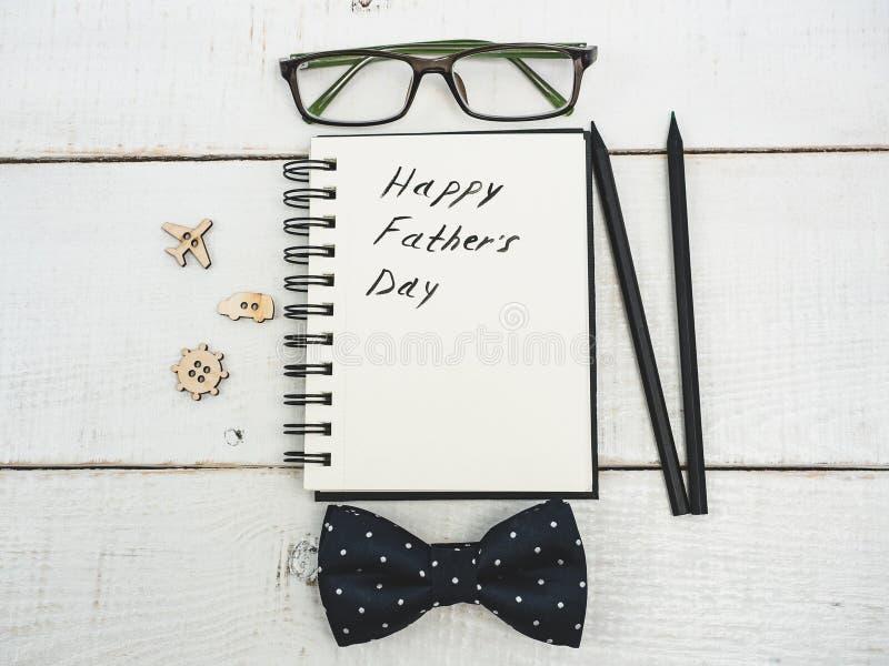 Συγχαρητήρια την ημέρα πατέρων ` s στοκ εικόνες
