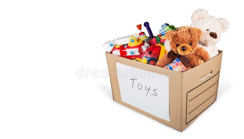 Συλλογή παιχνιδιών στο κιβώτιο που απομονώνεται στο λευκό στοκ εικόνα με δικαίωμα ελεύθερης χρήσης