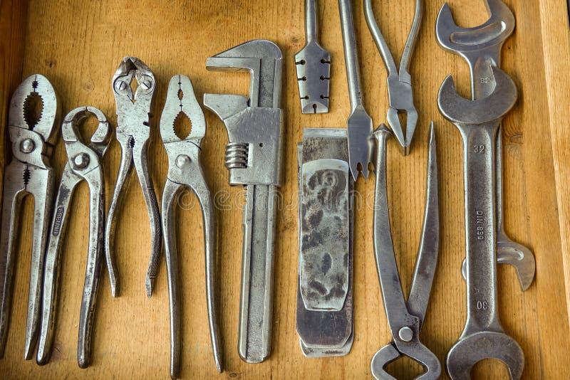 Συλλογή παλαιός αλλά υψηλός - ποιότητα και καλά διατηρημένα εργαλεία στοκ εικόνες με δικαίωμα ελεύθερης χρήσης