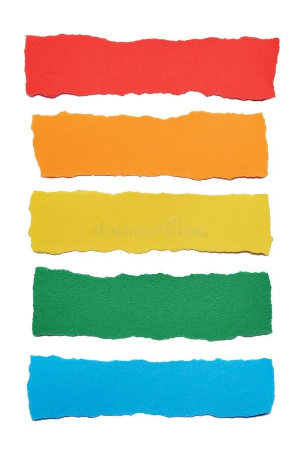 Συλλογή των πολύχρωμων λωρίδων εγγράφου με τις σχισμένες άκρες στο άσπρο υπόβαθρο στοκ φωτογραφία με δικαίωμα ελεύθερης χρήσης