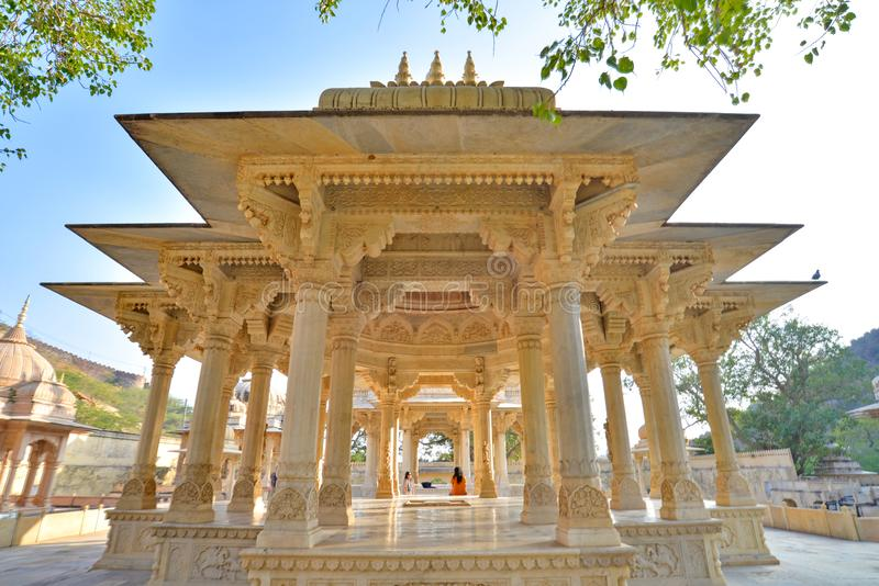 Συμμετρική άποψη σχετικά με ένα κενοτάφιο, βασιλικό Gaitor, Jaipur, Rajasthan στοκ φωτογραφίες με δικαίωμα ελεύθερης χρήσης