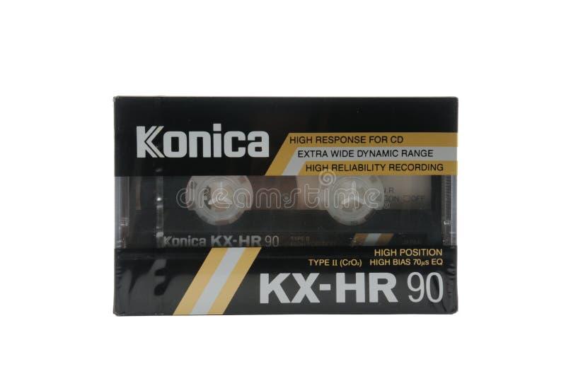 Συμπαγείς κασέτες ήχου για τη μαγνητική καταγραφή σε ένα άσπρο υπόβαθρο Συμπαγής κασέτα Konica στοκ φωτογραφίες με δικαίωμα ελεύθερης χρήσης