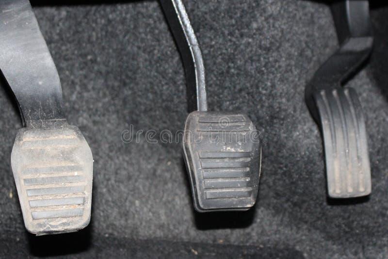 Συμπλέκτης και επιταχυντής πενταλιών αυτοκινήτων Συμπλέκτης, φρένο, επιταχυντής του αυτοκινήτου στοκ εικόνες με δικαίωμα ελεύθερης χρήσης