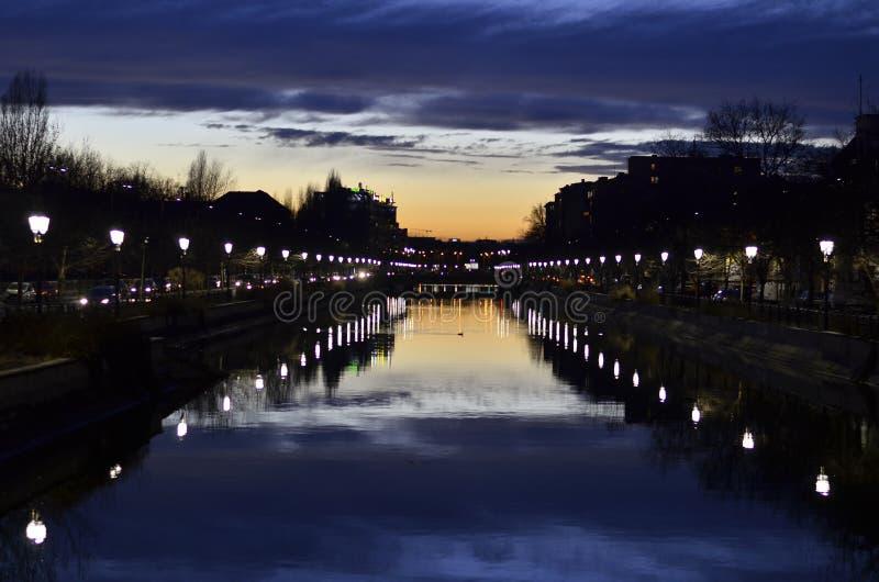Συμφωνία ηλιοβασιλέματος στοκ φωτογραφίες με δικαίωμα ελεύθερης χρήσης