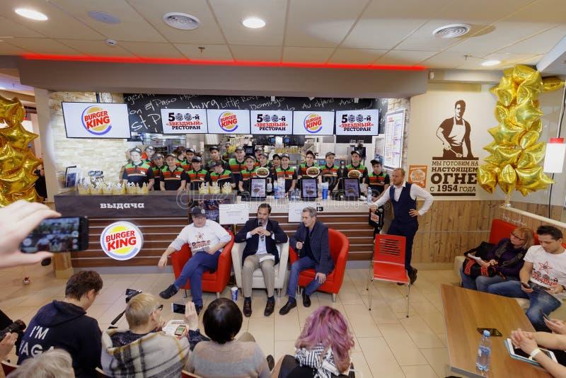 Συνέντευξη τύπου στη Burger King στοκ φωτογραφία