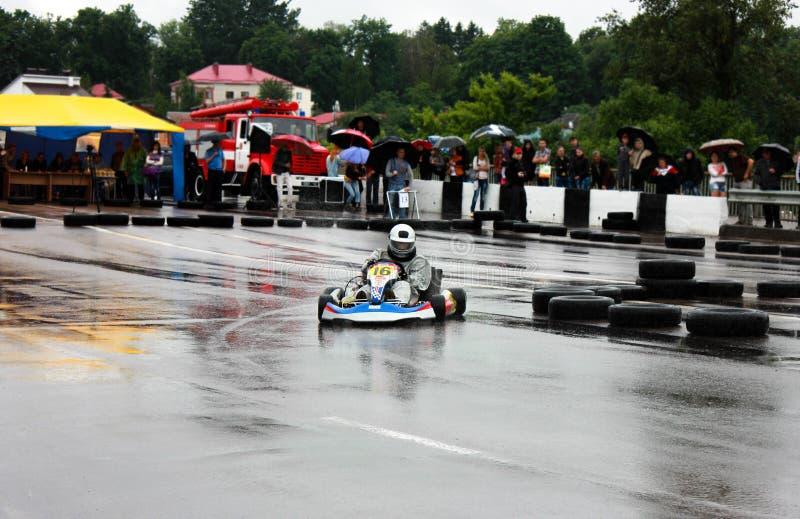 Συναγωνιμένος ή karting μετατόπιση Kart karts στοκ εικόνες