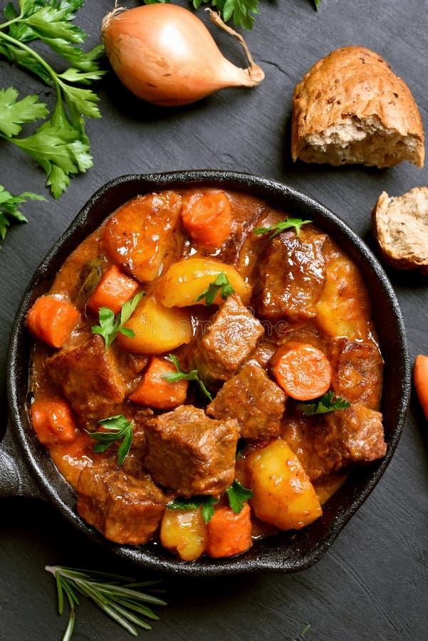 Συναντήστε stew, goulash στοκ φωτογραφία