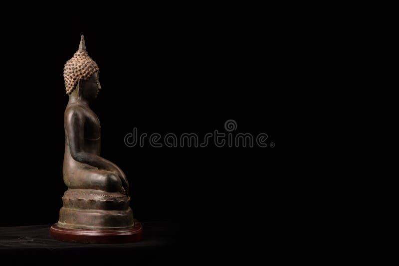 Συνεδρίαση αγαλμάτων του Βούδα στοκ φωτογραφίες