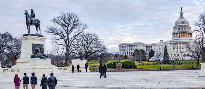 Συνεχές ρεύμα Wshington, ΗΠΑ στις 24 Δεκεμβρίου 2018 Το κεφάλαιο που χτίζει την πανοραμική άποψη στοκ φωτογραφία με δικαίωμα ελεύθερης χρήσης