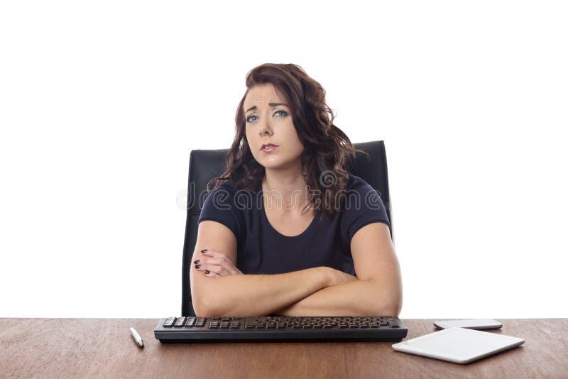 Συνεδρίαση επιχειρησιακών γυναικών στο γραφείο στο γραφείο στοκ εικόνες με δικαίωμα ελεύθερης χρήσης