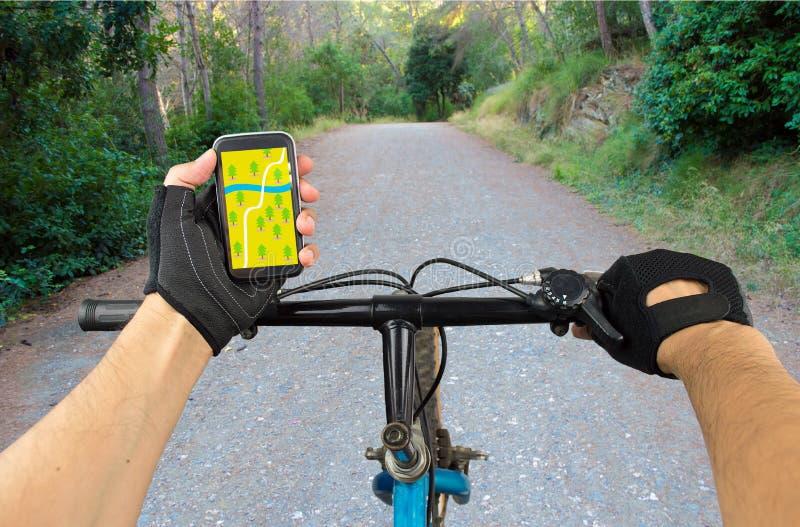 Συντεταγμένες ΠΣΤ αναζήτησης στο ποδήλατο στοκ φωτογραφίες με δικαίωμα ελεύθερης χρήσης