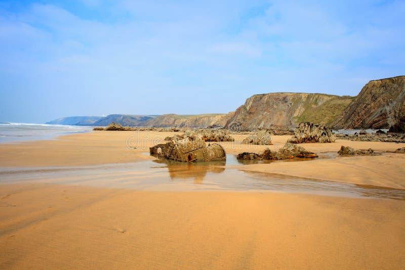 Συντρίμμια σκαφών, Cornish συντρίμμια Κορνουάλλη UK παραλιών Duckpool στοκ φωτογραφία με δικαίωμα ελεύθερης χρήσης