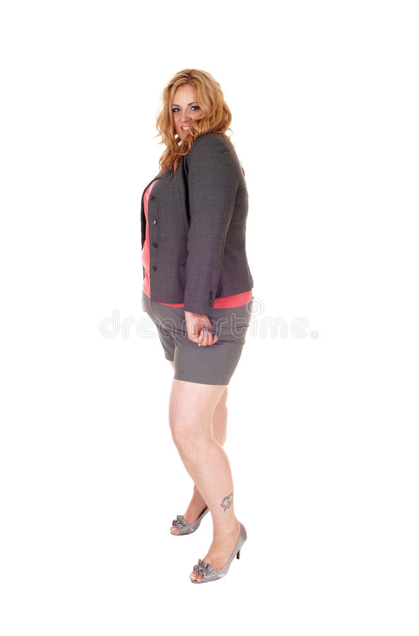 Συν τη γυναίκα μεγέθους στα σορτς στοκ φωτογραφίες