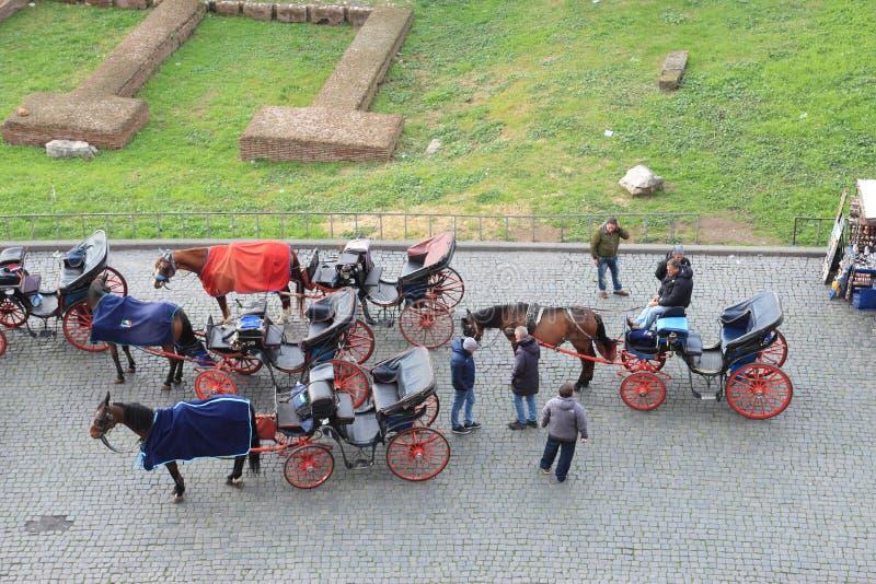 Συρμένες άλογο μεταφορές στοκ φωτογραφία με δικαίωμα ελεύθερης χρήσης