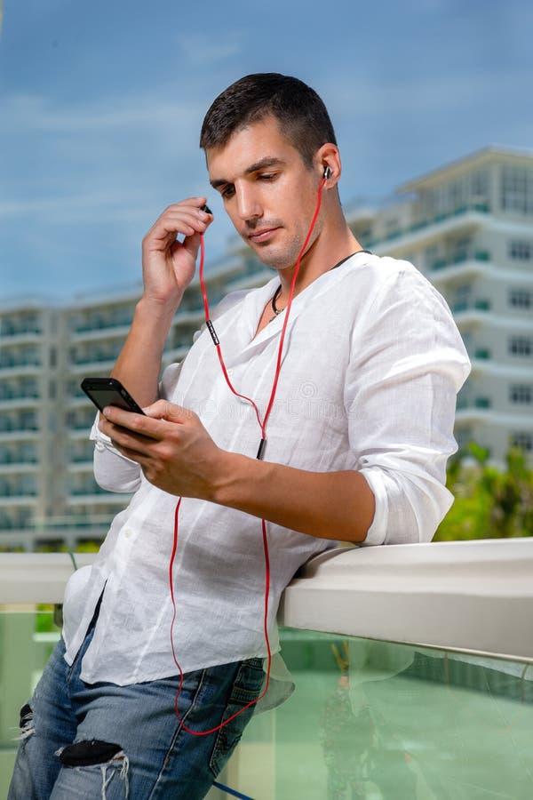 Συσκευές μουσικής, ψηφιακή υγιής έννοια στοκ φωτογραφίες