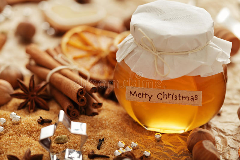 Συστατικά μελιού και ψησίματος για τα Χριστούγεννα στοκ φωτογραφία