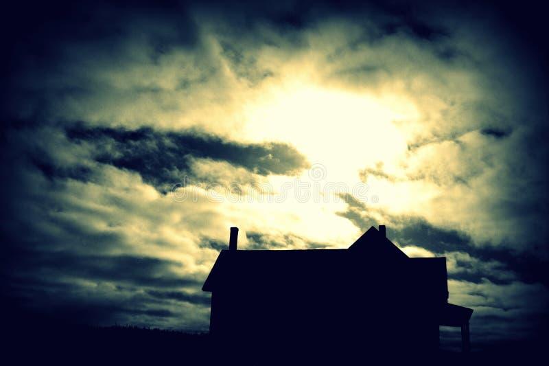 Συχνασμένο σπίτι του λόφου στοκ φωτογραφίες